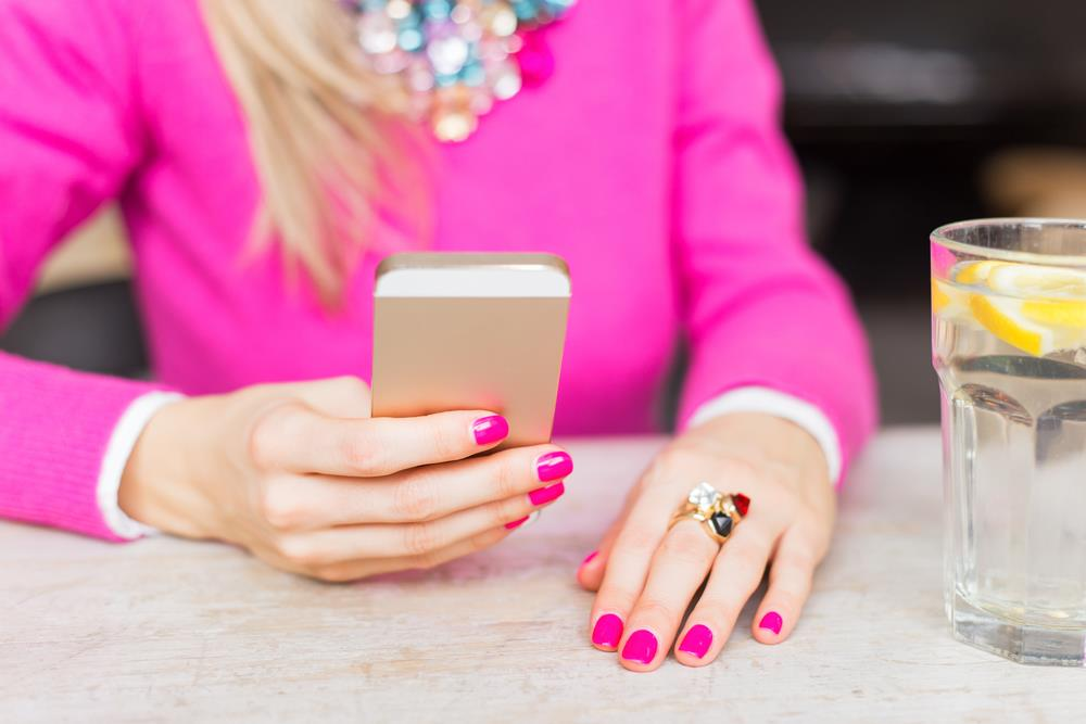 Must-Have iPhone Apps for Brides to Be
