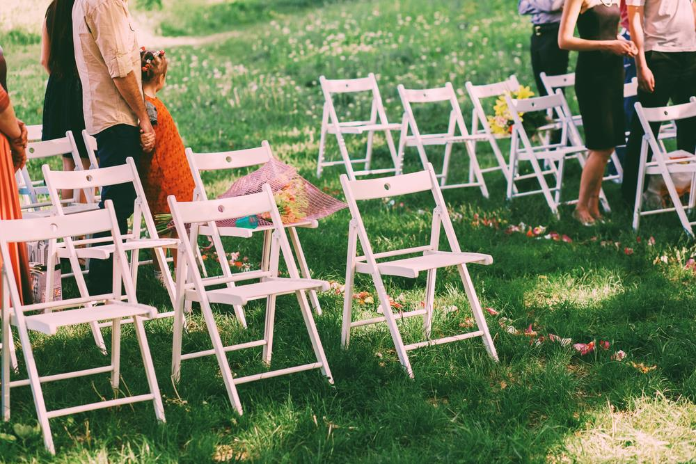 The Comprehensive Guide to Making Your Wedding Guest List