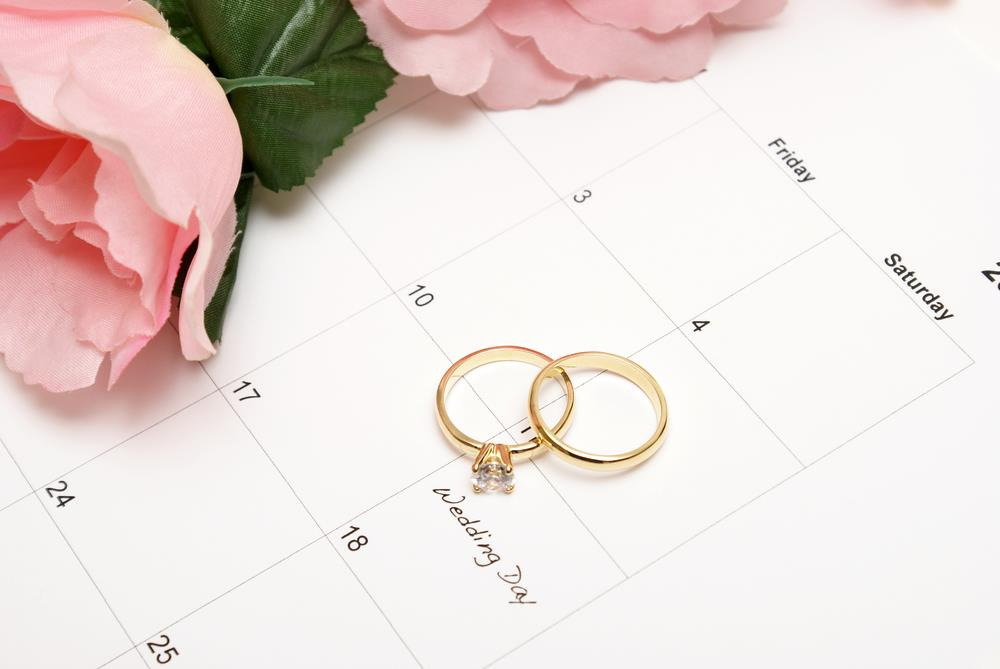 Planning Your Wedding Around the Holidays