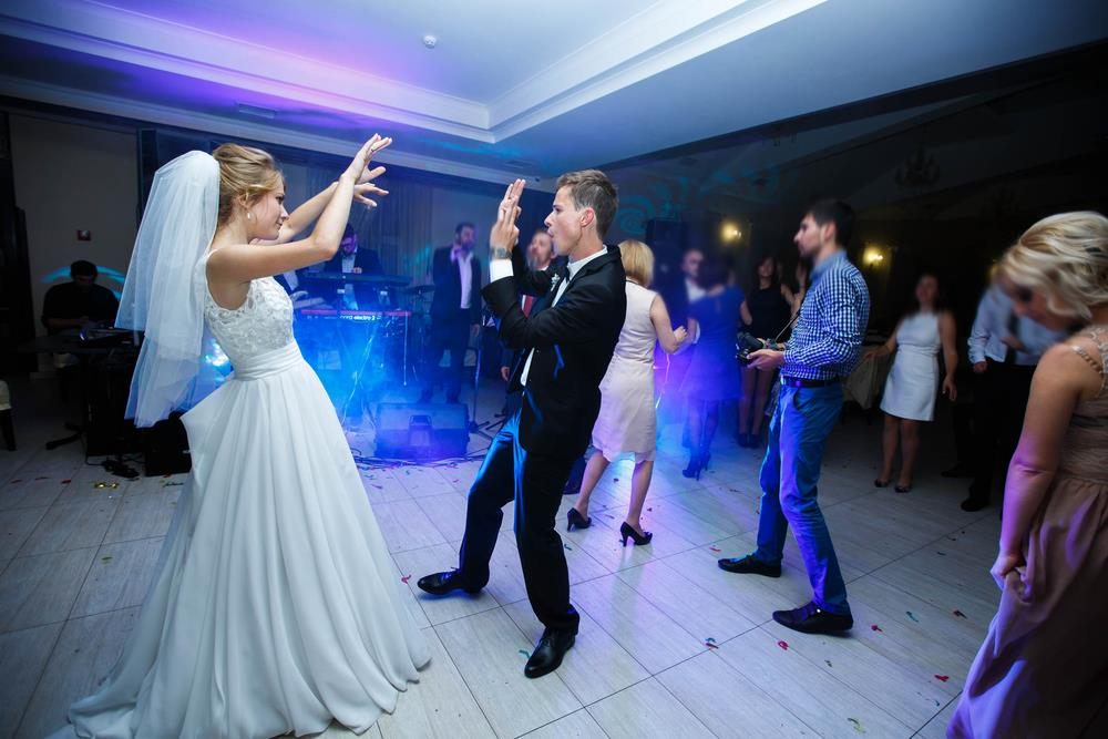 Trending Songs & Dances for Your Reception