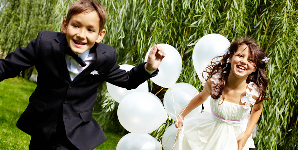 How to Make a Fun Kids' Table at Your Wedding