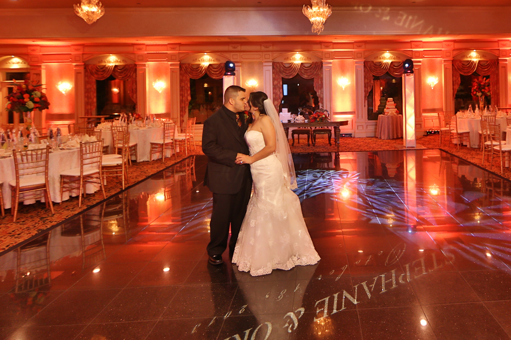 Wedding photo in Northern NJ wedding venue - il Tulipano Grand Ballroom