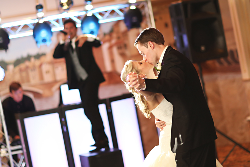 Wedding photo of a couple dancing in NJ wedding venue - il Tulipano Grand Ballroom
